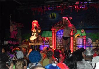 Röschensitzung 2011 - 3 sweet transvestites